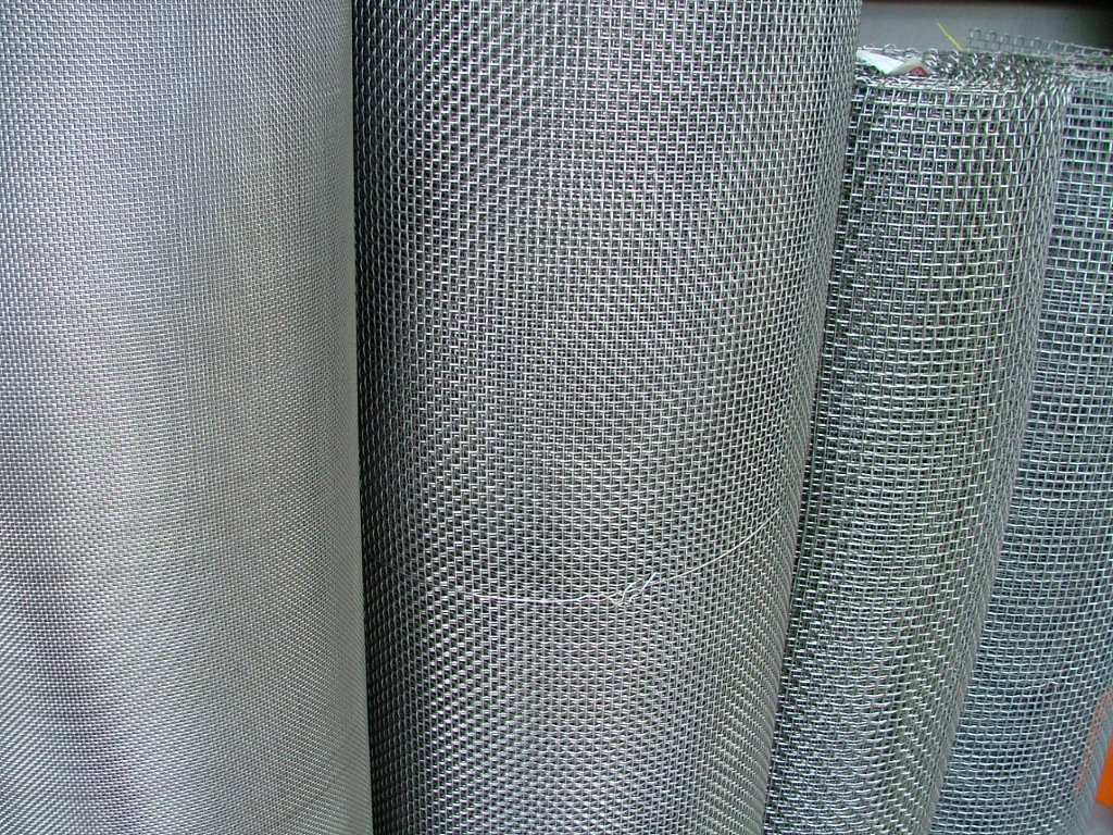 Woven Wire Roll - WIRE Center •